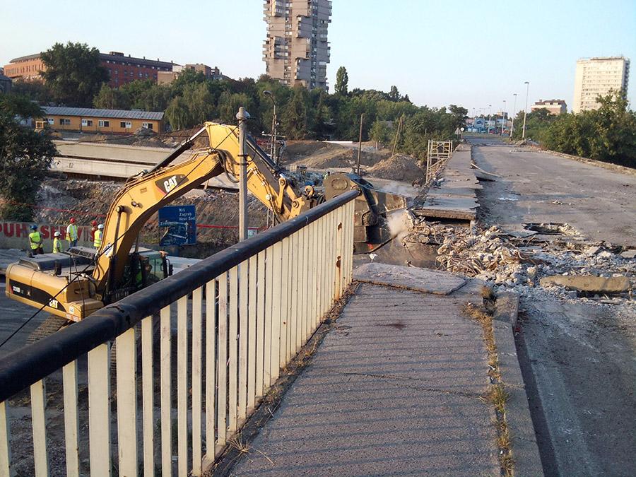 Nadvoznjak, Pančevački most - Beograd